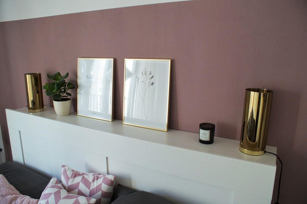 Bedroom - matt rose-violet with hints of gold